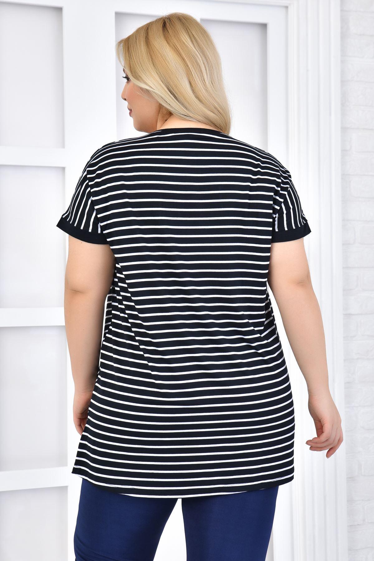 Kadın Siyah Büyük Beden Tshirt Çizgili Kelebek