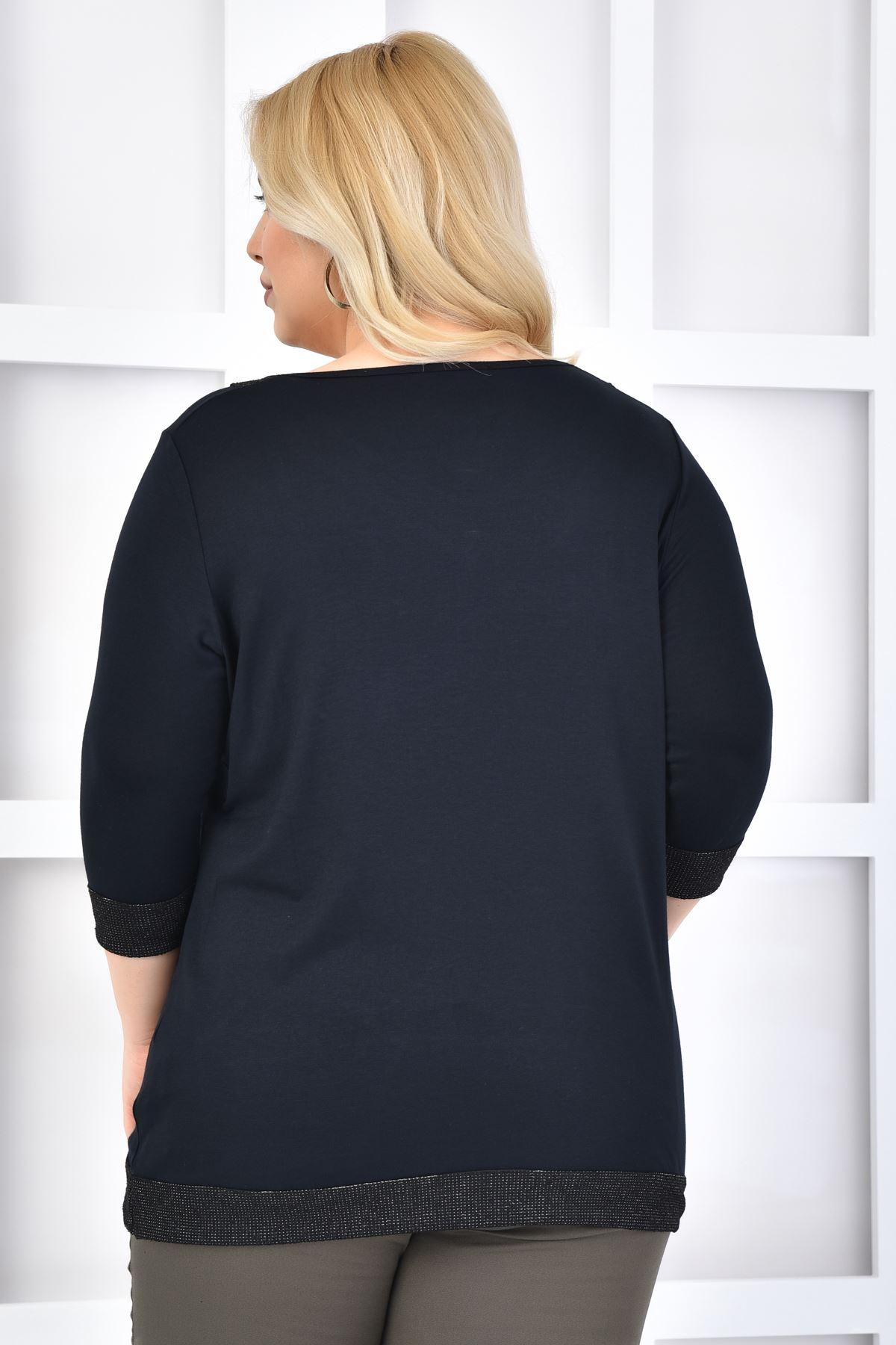 Kadın Siyah Büyük Beden Tshirt V yaka Simli