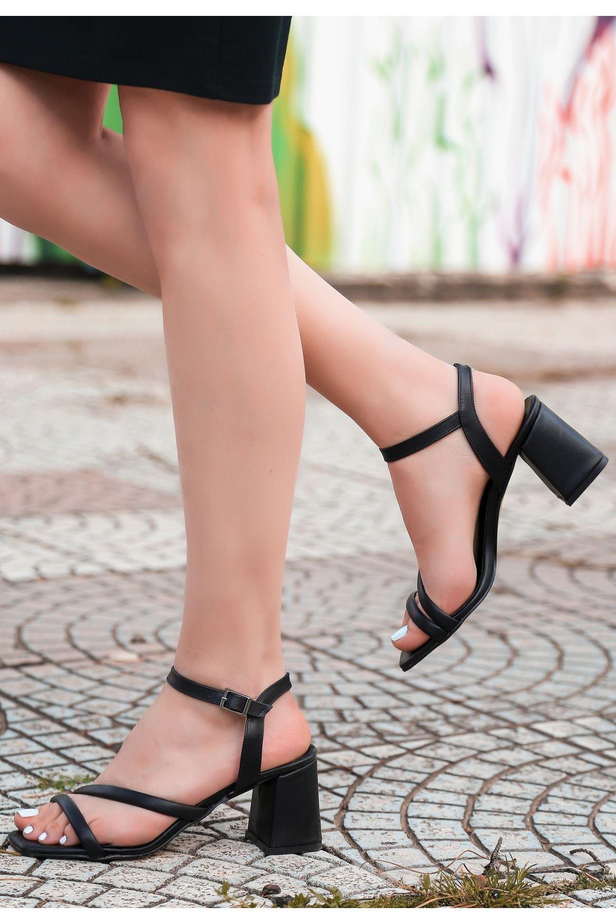 Lior Siyah Cilt Topuklu Ayakkabı