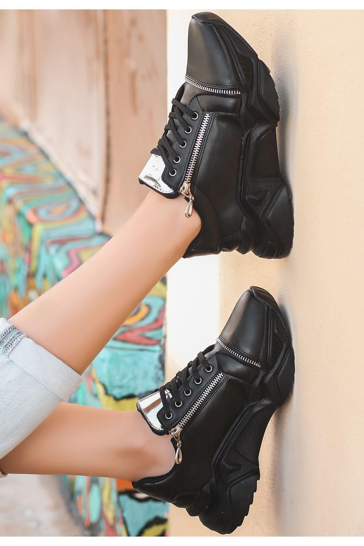 Uron Siyah Cilt Bağcıklı Spor Ayakkabı