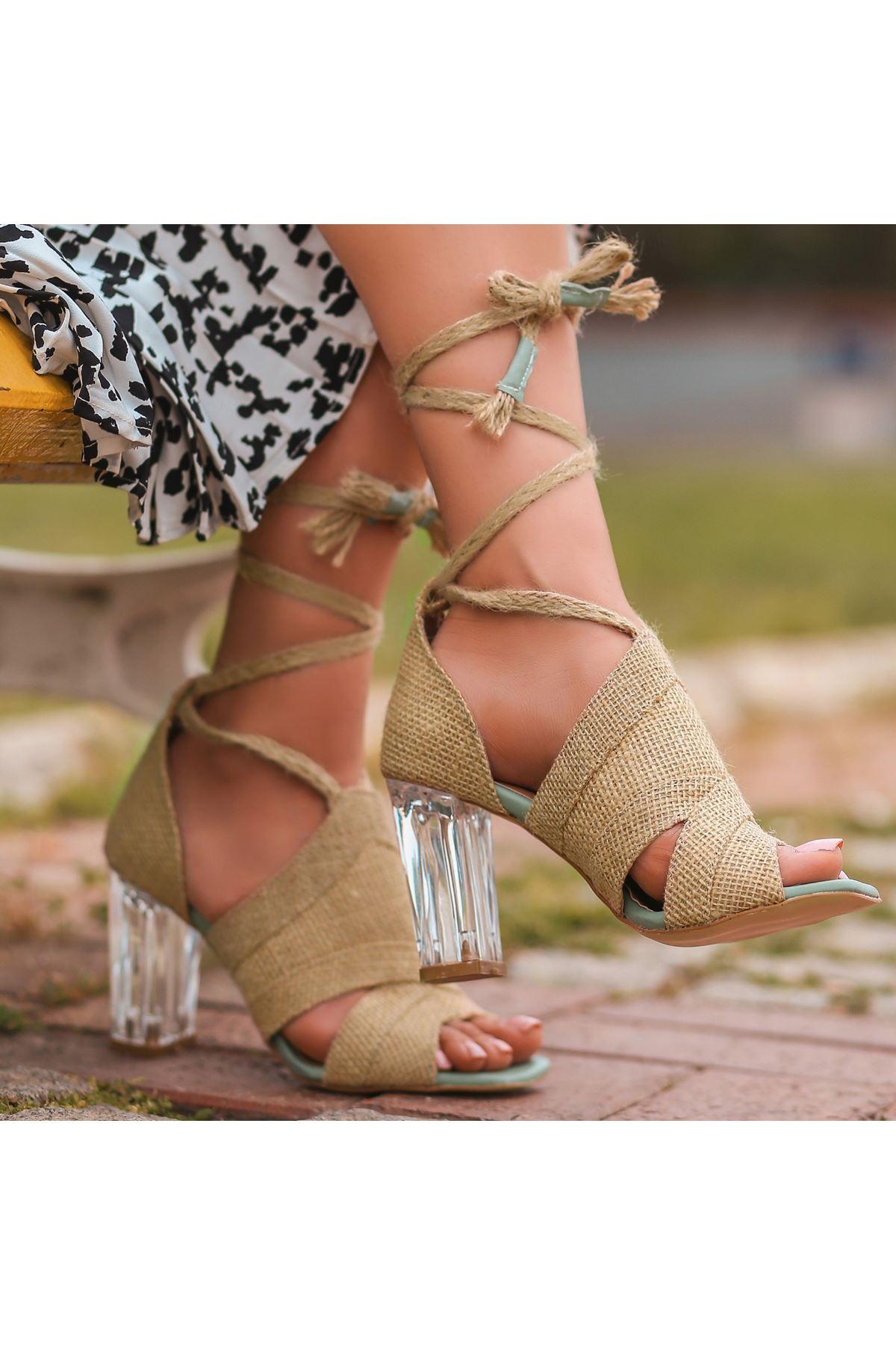 Konni Hasır Yeşil Detaylı Topuklu Ayakkabı